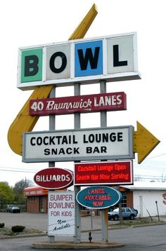BOWLING ALLEY LANSING - Every town needs a cocktail lounge with a bowling alley