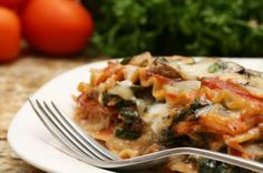 Try this healthy slow cooker lasagna recipe for dinner tonight!