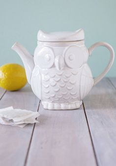 The Gang's Owl Here Teapot. Rejuvenating sunshine, fresh-baked treats, and carefree conversation with your dearest friends - check, check, and check! #white #wedding #modcloth @marlastnc