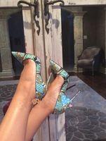 Nueva impresión de moda mujer tacones señaló dedo del pie mujeres atractivas de las bombas de san valentín zapatos de boda mujer talla 35-41