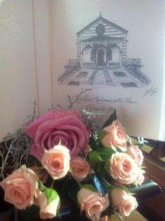 Il libretto messa é stato valorizzato con l' acquerello del santuario . Posizionato sul banco rimarrà un ricordo romantico della splendida giornata...