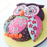 Novelty cakes by Lindy Smith Creative Colour.