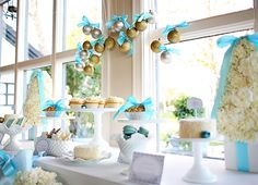 Juneberry Lane: Wedding Wednesday: 'Winter Wonderland' Dessert Tables . . .