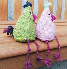 Farbenfaden: Und täglich stricke ich ein Huhn und sonntags auch mal zwei Crotchet, Knit Crochet, Crochet Hats, Blogger Themes, Needlework, Diy And Crafts, Dream Wedding, Easter, Etsy Shop