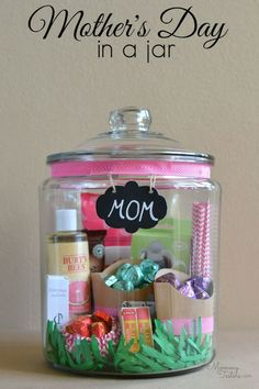 Creative DIY Mothers Day Gifts Ideas - Mother's Day Gift In A Jar - Thoughtful Homemade Gifts for Mom. Handmade Ideas from Daughter, Son, Kids, Teens or Baby - Unique, Easy, Cheap Do It Yourself Crafts To Make for Mothers Day, complete with tutorials and instructions http://diyjoy.com/diy-mothers-day-gift-ideas #motherdaygifts