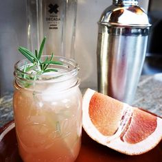 Who needs a drink?  Try a Rosemary's Bebida!  In a shaker add: • 2oz #DÉCADA Silver #Tequila • 1oz Fresh Grapefruit Juice • 1/2oz Rosemary Simple Syrup • 1/2oz Lime Juice • Ice • Shake and pour over fresh ice in an old fashion glass. • Garnish with sprig of rosemary • Enjoy!  #BeSmooth #TransformYourTaste #LiquidLuxury