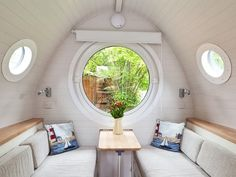 Tiny House Vacations: Garden Pod Micro Cabin in Winchester Published on AUGUST 22, 2014