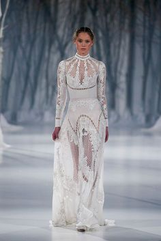 Paolo Sebastian 2016 Winter Couture Wedding Dress Collection inspired by Slavic folktales featuring embroideries & crystal embellishments for winter brides Paolo Sebastian, White Fashion, Look Fashion, Fashion Design, Feminine Fashion, Dress Fashion, Fall Fashion, Couture Fashion, Runway Fashion
