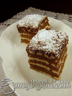 Kocke sa keksom i čokoladom – Moje grne – envera seferagic – macedonian food Desert Recipes, Gourmet Recipes, Cake Recipes, Cooking Recipes, Brze Torte, Kolaci I Torte, Bosnian Recipes, Croatian Recipes, Macedonian Food