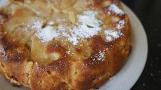 Joodse appeltaart (kosher, zonder melk en boter) (ingrediënten: appel, ei, suiker, zelfrijzend bakmeel, citroen en kaneelpoeder) (@ Mama Susanne)