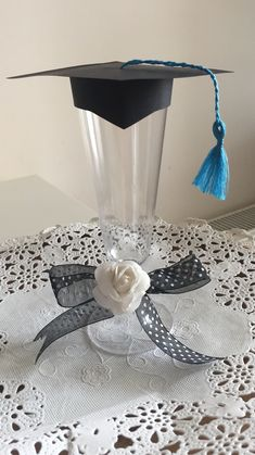 Ideas for gifts graduation diy Graduation Party Centerpieces, Graduation Party Planning, College Graduation Parties, Graduation Decorations, Grad Parties, Graduation Crafts, Grad Gifts, Party Gifts, Diy Gifts