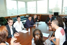 """""""Моята банка на бъдещето"""" е проект, в който поканихме всички талантливи студенти, които имат смели идеи и искат да ги осъществят с подкрепата на най-голямата банка в България. Целта - да ни покажат как изглежда тяхната банка на бъдещето. // """"My bank of the future"""" с project, in which we invited all talented students who have bold ideas and want to implement them with the support of the largest bank in Bulgaria. The aim - to show us what it looks like their bank of the future."""