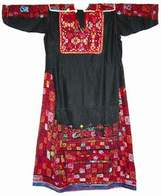 Embroidered Bedouin dress from Sinai