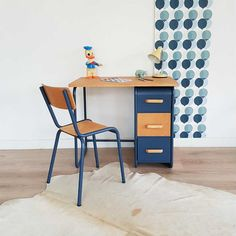 Büro-Jahrgang, Kinder Schreibtisch, Holz und Metall, Indigoblau,