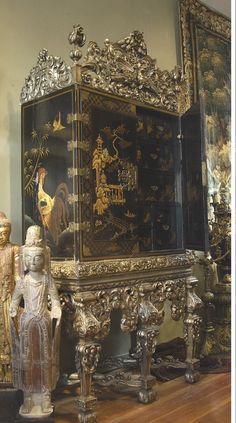 爱 Chinoiserie? Mais Qui! 爱 home decor in Chinese Chippendale style - cabinet