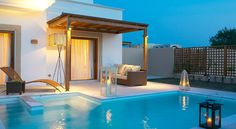 Lindian Village is one of the top Rhodes luxury hotels. This 5 Star Hotel in Rhodes combines luxury & incomparable beauty. One of the island´s best beach hotels Paros, Voyage Sri Lanka, Voyage Costa Rica, Cap Vert, Destinations, Greece Hotels, Honeymoon Hotels, Beste Hotels, Varanasi