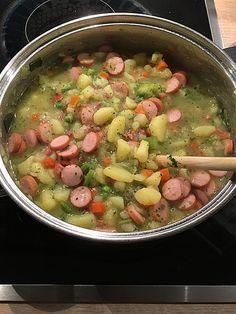 Berliner Kartoffelsuppe, ein tolles Rezept aus der Kategorie Eintopf. Bewertungen: 103. Durchschnitt: Ø 4,7.