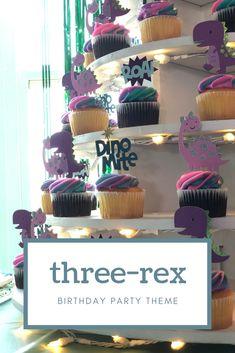 Chaos and Crafts Design: Girl Dinosaur Birthday Party Theme Dinasour Birthday Cake, Girl Dinosaur Birthday, Dinosaur Party, Dinosaur Cupcakes, Elmo Party, Elmo Birthday, Mickey Party, Party Fun, Birthday Ideas