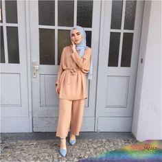Muslim Fashion 736408976556272150 - 13 Tuto Hijab Pour Jeune Fille – Hijab Fashion and Chic Style Source by ilaydabrc Modest Fashion Hijab, Modern Hijab Fashion, Hijab Casual, Hijab Fashion Inspiration, Hijab Chic, Hijab Outfit, Mode Inspiration, Look Fashion, Hijab Dress