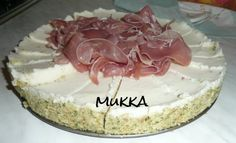 Cheesecake di stracchino con crudo e rucola