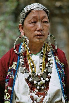 **Asia - India / Nagaland - Nagawoman  by Rudi Roels