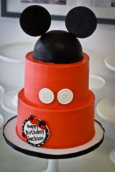 Two Tier Buttercream Micky Mouse Hat Cake