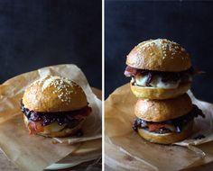 #кулинария #блог #еда #кулинарный_блог #evilolivefood #evilolive #food #blog #recipe #burger #blueberry #prosciutto #bun #beef #cheese #pear #бургер #булочка #говядина #сыр #черника #груша #чатни #прошутто