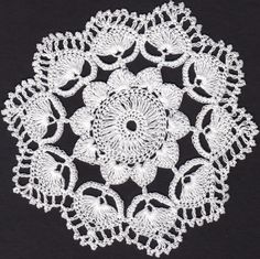 Hand made crochet lace from Koniakow. Crochet Dollies, Crochet Lace, Doilies, Dream Catcher, Crochet Necklace, Embroidery, Bridal, Knitting, Fabric