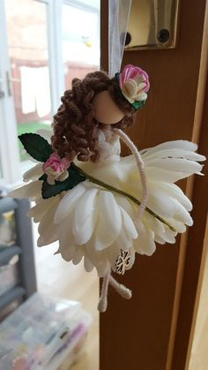 me ~ Pin on Flower fairies ~ This Pin was discovered by Donna Egelston. Fairy Crafts, Doll Crafts, Christmas Fairy, Christmas Angels, Mermaid Ornament, Clothespin Dolls, Tiny Dolls, Flower Fairies, Craft Stick Crafts