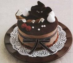 Felted Sweet Treats – Lady Boutique Series nº 2655  Tarta de chocolate