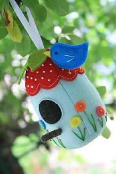 Bird House sewing pattern only $3.00 Instant download. birdhouse plush, felt birdhouse, birdhouse softie, embroidered birdhouse