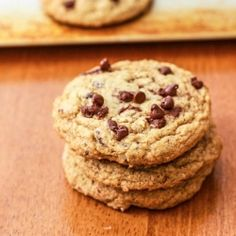 Skinny Pumpkin Chocolate Chip Cookies - low fat pumpkin cookies so you can eat more than one!