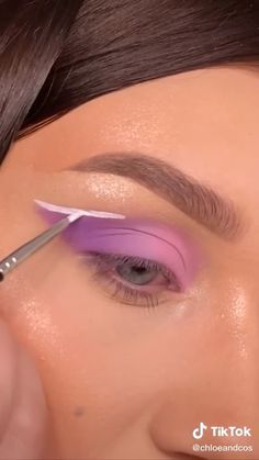 Dope Makeup, Makeup 101, Eye Makeup Art, Crazy Makeup, Skin Makeup, Makeup Inspo, Eyeshadow Makeup, Creative Eye Makeup, Colorful Eye Makeup