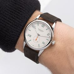 Five Things You Might Not Know About Nomos Glashütte - Dr Wong - Emporium of Tings. Amazing Watches, Cool Watches, Watches For Men, Timex Watches, Men's Watches, Affordable Watches, Telling Time, Omega Watch, Mens Fashion