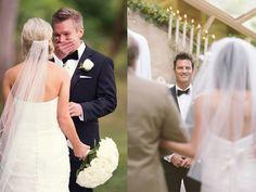 Позы для фотосессии на свадьбе Poses, Wedding Pictures, Photo Sessions, Wedding Dresses, Photography, Weddings, Fashion, Valentines Day Weddings, Wedding