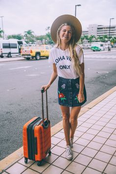 Airport Style - Barefoot Blonde by Amber Fillerup Clark Style Outfits, Summer Outfits, Fashion Outfits, Summer Ootd, Beach Outfits, Summer Vibes, Casual Outfits, Mode Style, Style Me