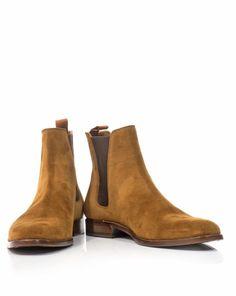 Saint Laurent Chelsea Boots Preacher styles
