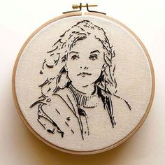 Well, here we are, the last artist feature of my takeover week - and her amazing stitched portraits! Embroidery Hoop Crafts, Hand Embroidery Videos, Embroidery Flowers Pattern, Hand Embroidery Stitches, Embroidery Techniques, Embroidery Art, Cross Stitch Embroidery, Portrait Embroidery, Cross Art