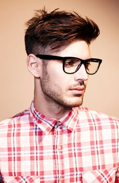 Best undercut hair style for men to be applied with glasses