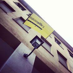 La città è tinta di giallo e noi ci prepariamo a #pnlegge2013. Per l'occasione abbiamo interrogato il Direttore Artistico Gian Mario Villalta sugli appuntamenti di questa edizione! www.pordenonelegge.it/it/edizione/2013/e/279/La-democrazia-e-i-suoi-nemici