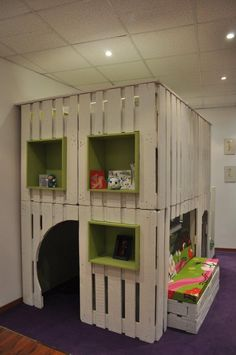 DIY: Pallet kid house project #House, #Kids, #Pallets