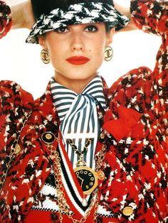 Chanel Vintage Fashion 90s & More details