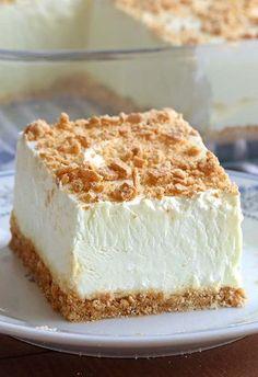 Graham Crackers, Graham Cracker Crumbs, Fluff Desserts, Summer Desserts, Easy Desserts, Berry Cheesecake, Cheesecake Recipes, Dessert Recipes, Woolworth Cheesecake Recipe