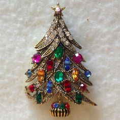 "Hollycraft #6 -Rare pre-marked Vintage ""Snow Topped"" Christmas Tree Pin/ Brooch #UnsignedknownHollycraftDesign"
