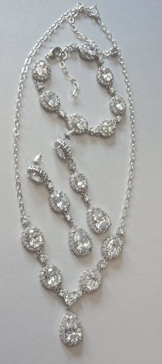 Cubic Zirconia Wedding jewelry set, 3 piece, Necklace Bracelet Earrings Gift For a bride Brides Wedding Bridal Jewelry High end VICTORIA - Luxury Jewelry, Custom Jewelry, Cheap Jewelry, Jewelry Ideas, Necklace Ideas, High Jewelry, Vintage Jewelry, Handmade Jewelry, Wedding Jewelry Sets