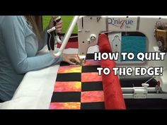 Learn how to quilt right to the edges of a quilt on a longarm quilting frame. See how the Grace Qnique longarm works when you quilt using Quilt Clips to hold. Machine Quilting Tutorial, Quilting Tutorials, Longarm Quilting, Free Motion Quilting, Handi Quilter, Quilting Frames, Juki, Quilts, Day