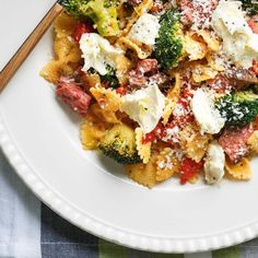 Beef Farfalle with Roasted Bell Peppers Ricardo Recipe, Cheese Stuffed Peppers, Parmigiano Reggiano, Saveur, Pasta Salad, Potato Salad, Cauliflower, Roast, Chicken