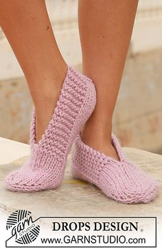 "Garnstudio slippers. Gauge: 13 stitches & 17 rows = 4"" in stockinette. Super Bulky yarn (5-6 wpi) & size 10 needles"