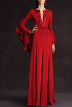 Red long dress with a deep split neckline and full smooth skirt. The slim sleeves have a to-die-for Medievel layered bell flounce. Andrew Gn Pre-Fall Photo: Anne Combaz / Courtesy Of Andrew GN Red Fashion, Fashion Show, Party Dresses Uk, Dresses 2013, Long Dresses, Dress Party, Maxi Dresses, Dress Long, Wedding Dresses