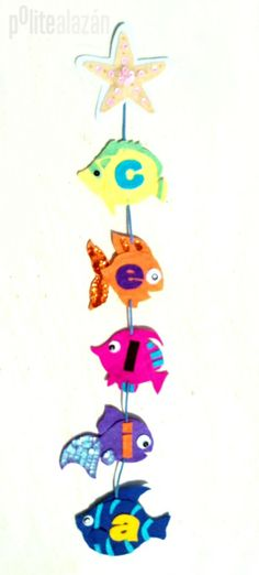 FISH FELT BANNER - Guirnalda de fieltro colorida realizada a mano con detalles en lentejuelas y rocalla personalizada.